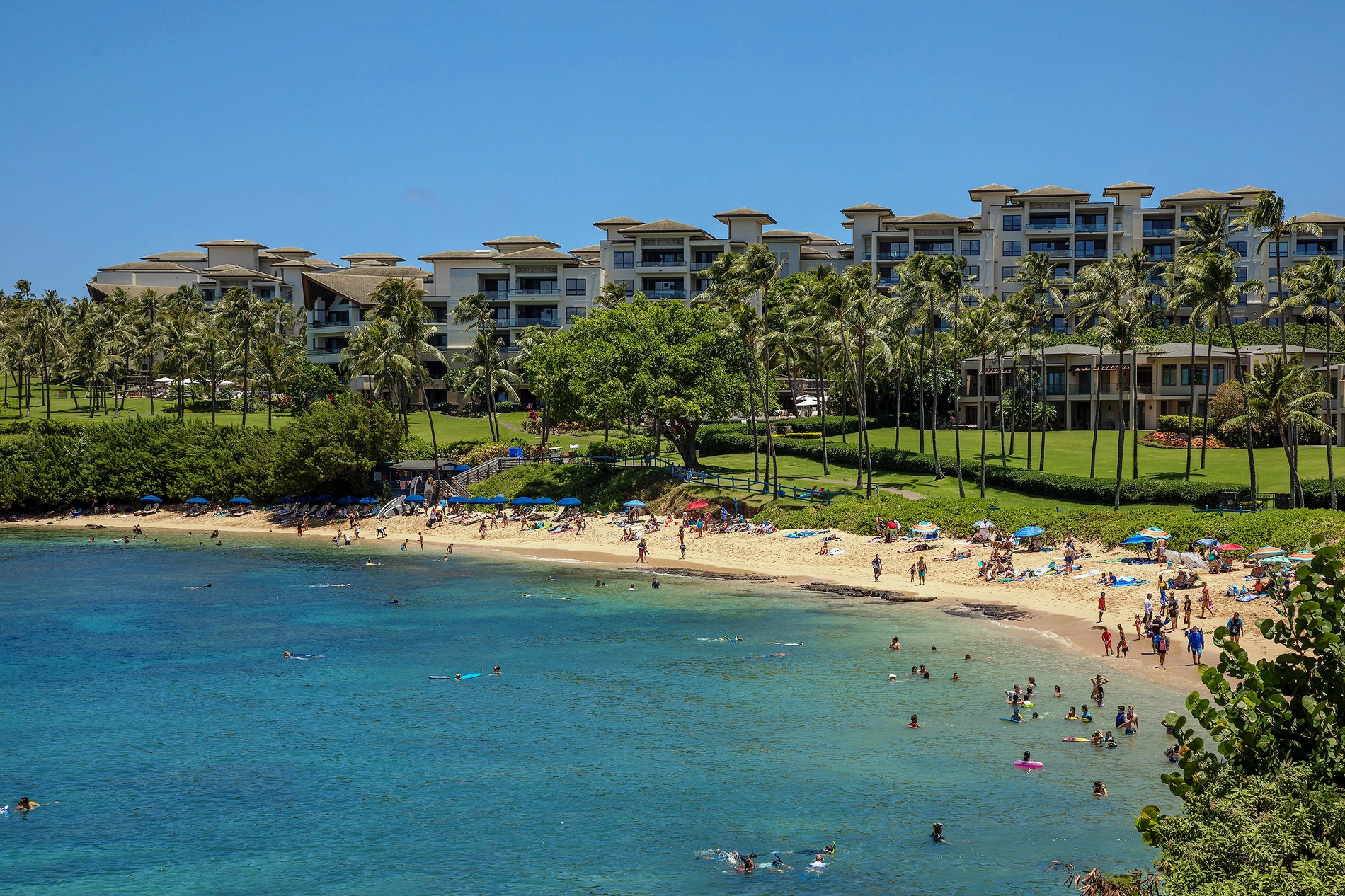 Kapalua Bay Villas - Beachfront Condos in Maui