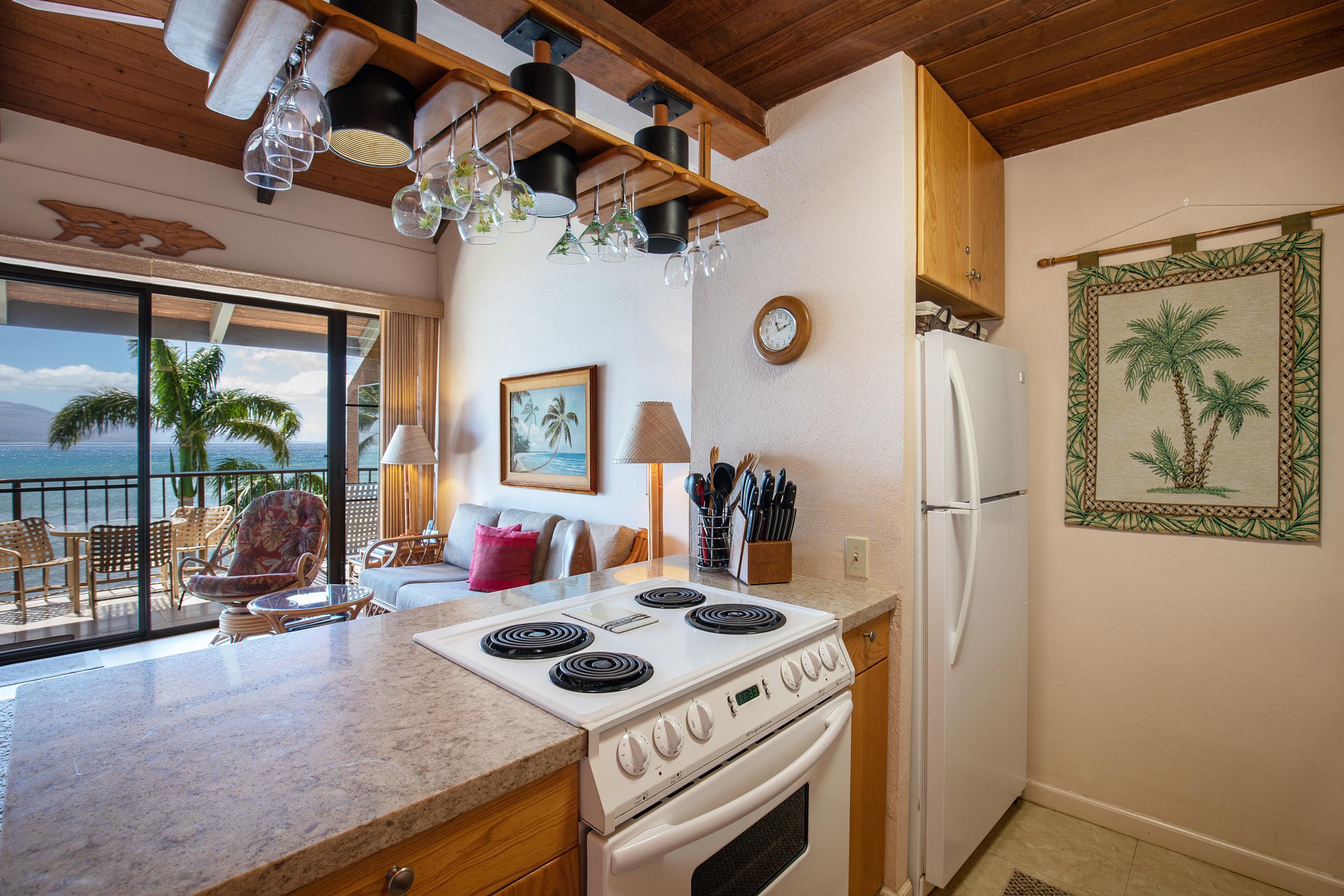 maalaea-banyans-418-harbor-condo-rental-maui-8-kitchen.jpg