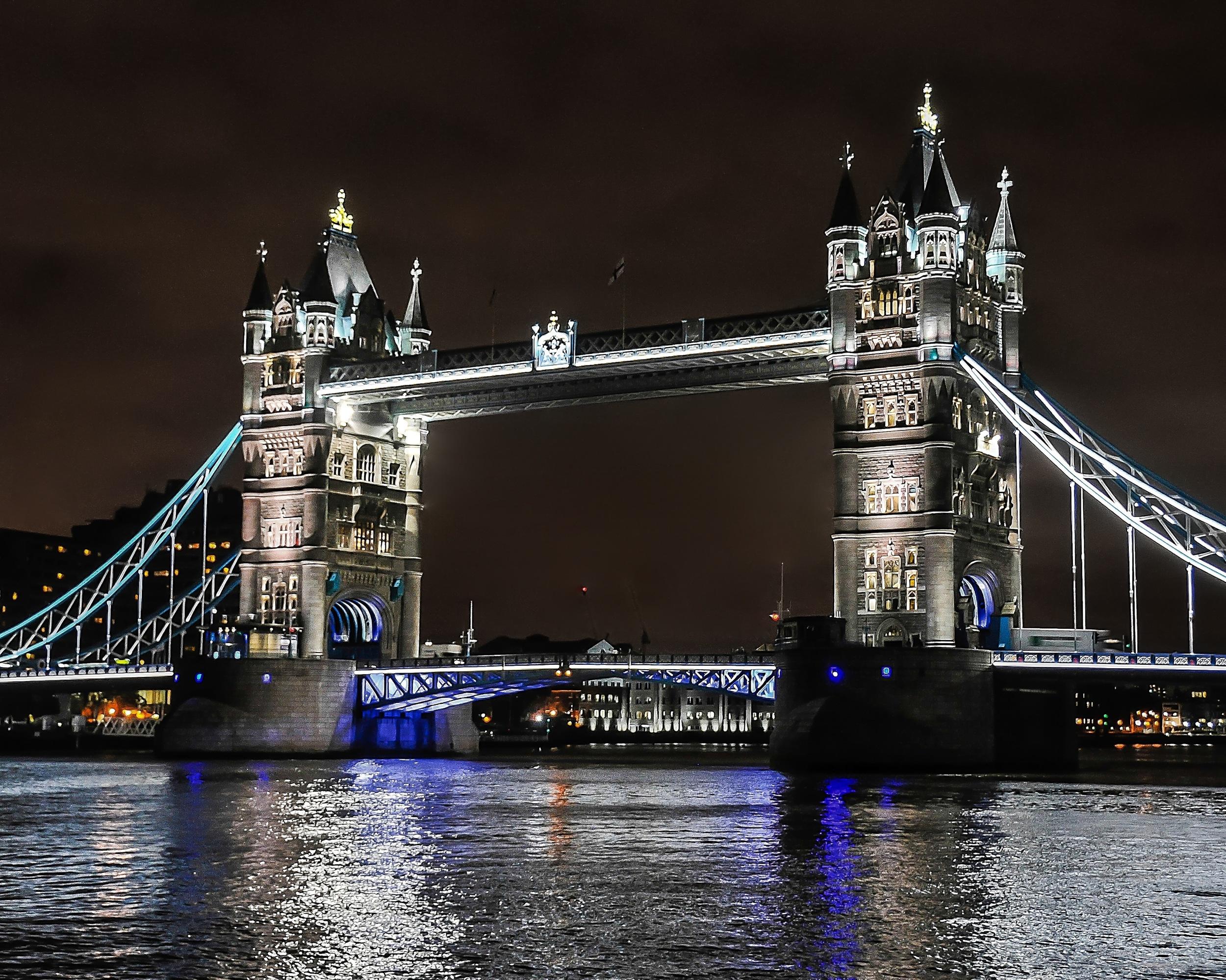 Iconic London - Tower Bridge (London, England)