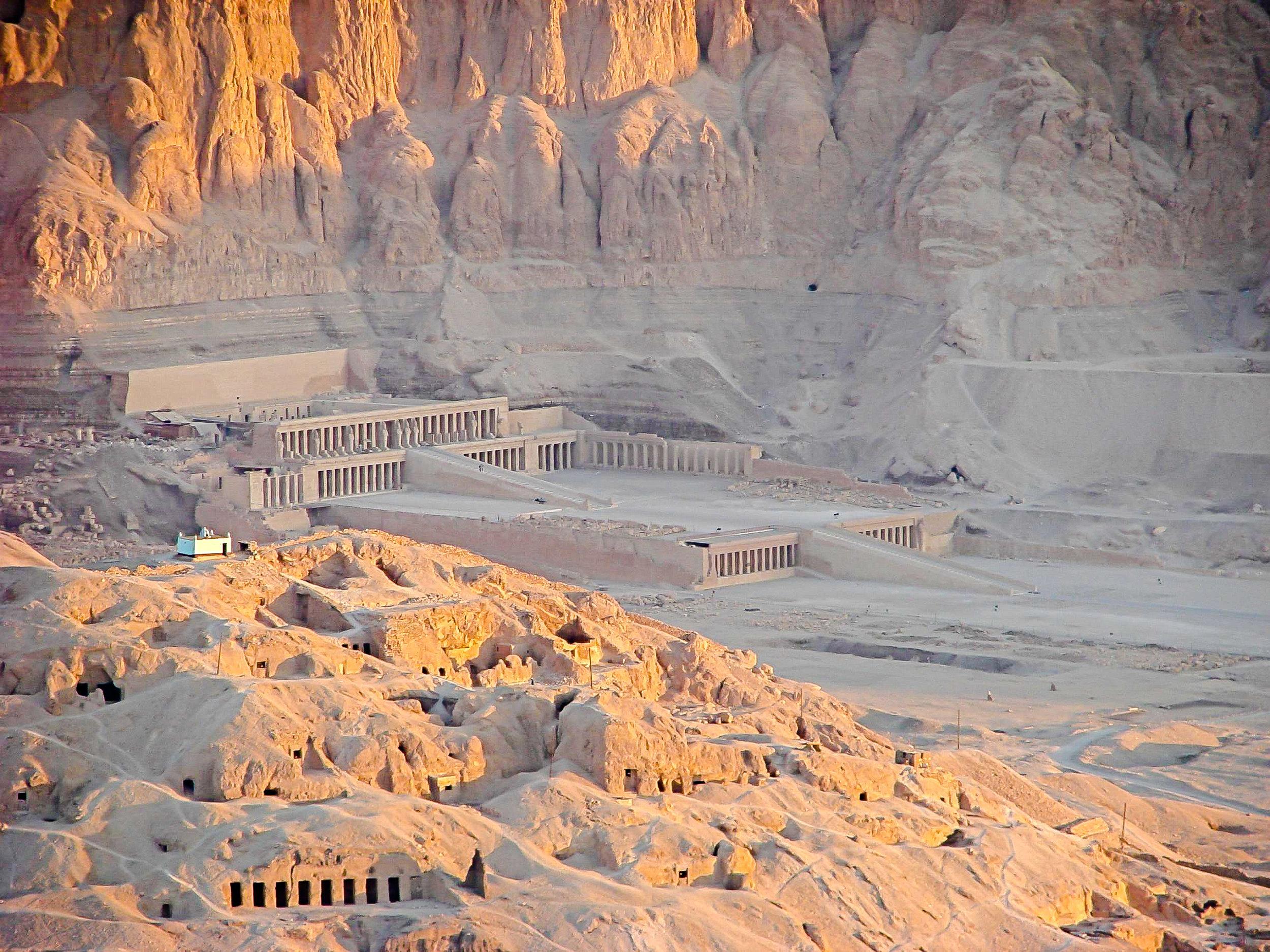 Hetshepsut Temple