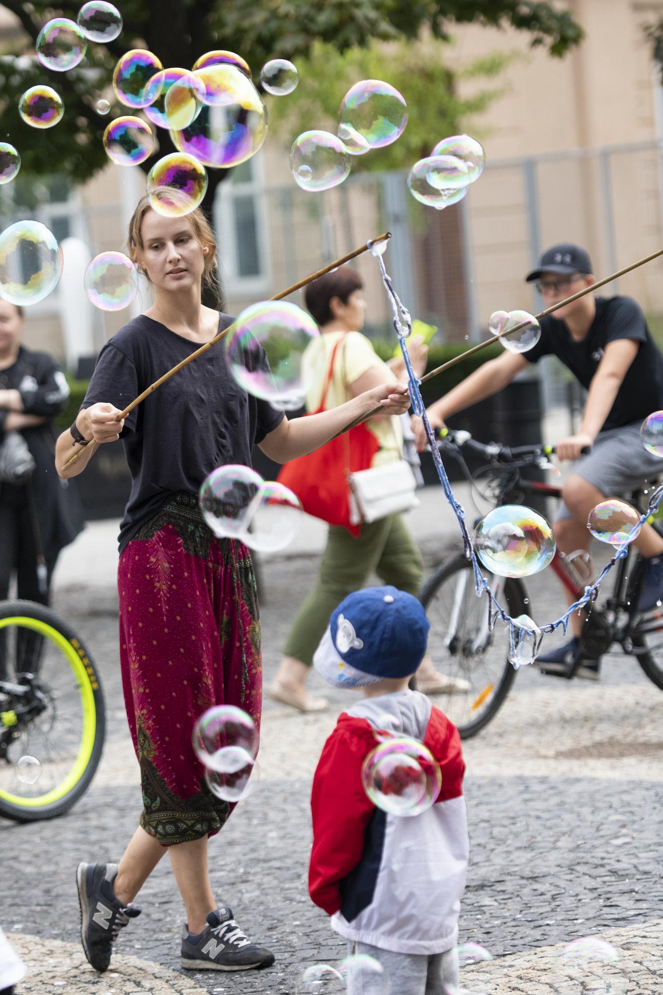 Bubble Girl - Bratislava