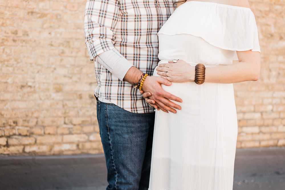 FIRST BABY LIFESTYLE MATERNITY CHICAGO PHOTOGRAPHER-32.jpg