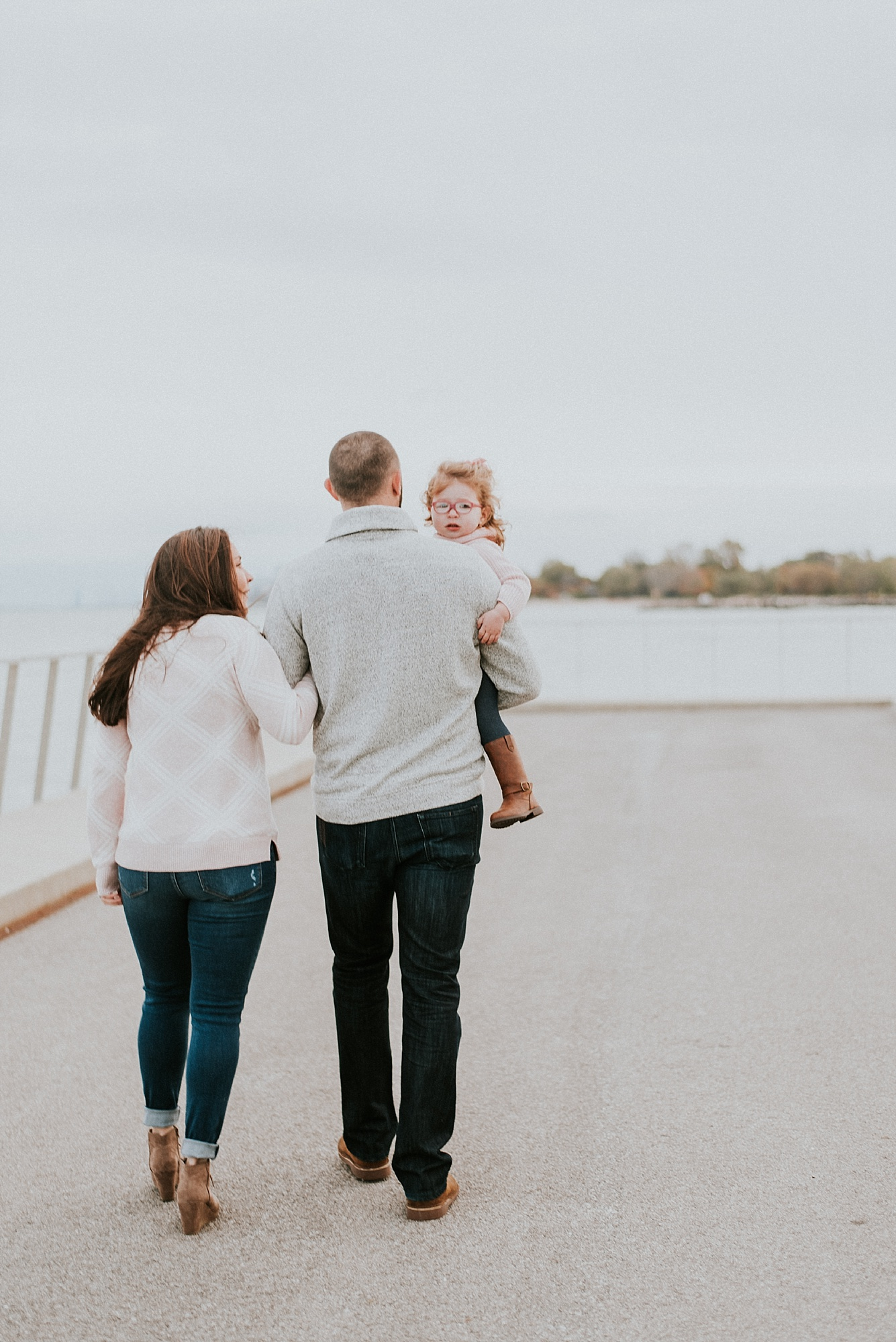 CHICAGO-MATERNITY-FAMILY-PHOTOGRAPHER-LISH-MARIE_0398.jpg