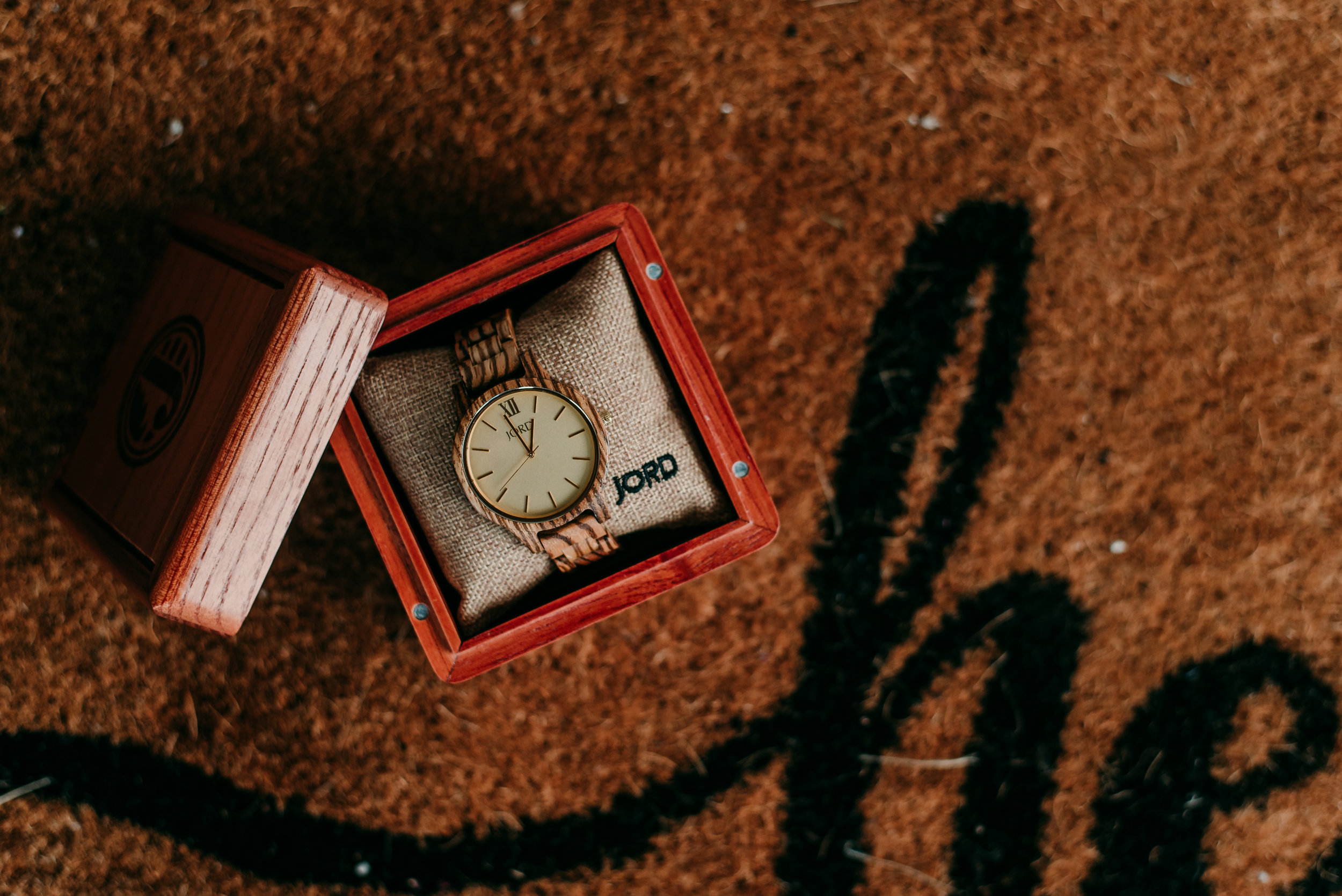 jord-wooden-watch-giveaway-kenosha-chicago-wisconsin-lishmariephoto