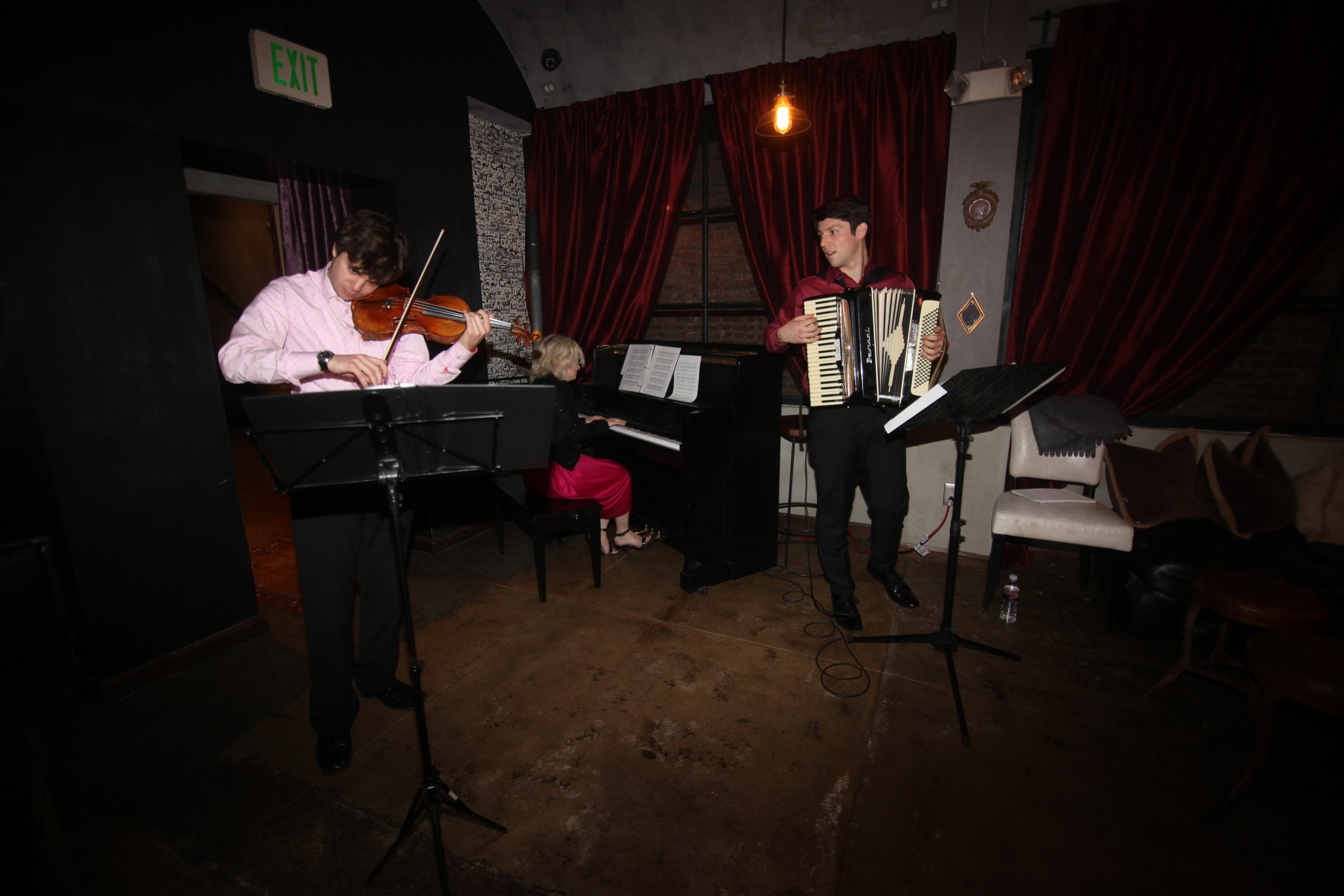 Tango_Trio_Music_And_Wine_Tasting_Los_Angeles.jpg