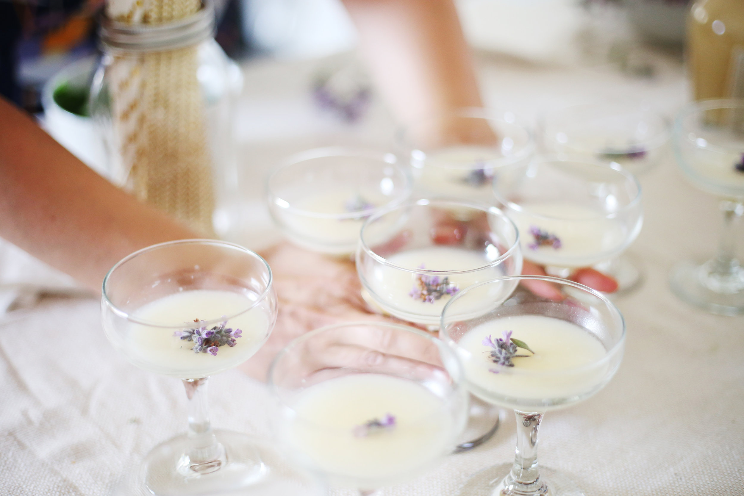 Song & Tonic presents a music tasting with a French 75