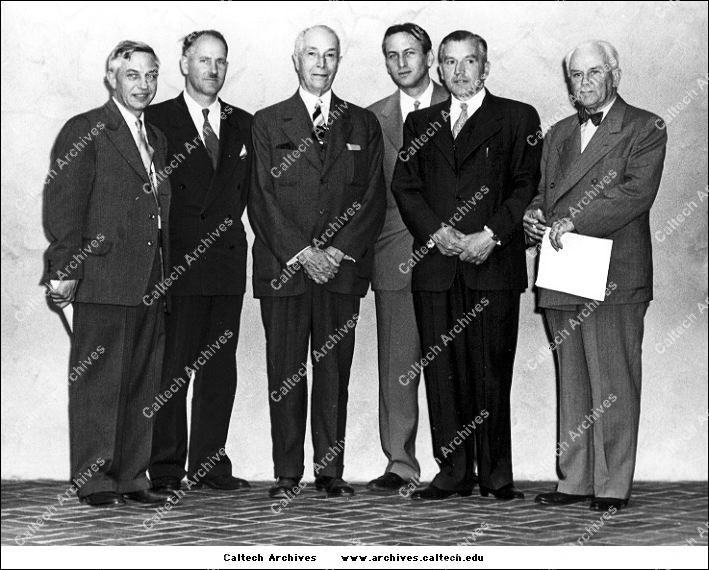 Lee DuBridge, George Beadle, Harry Earhart, Kenneth Thimann, Frits Went, Robert Millikan.