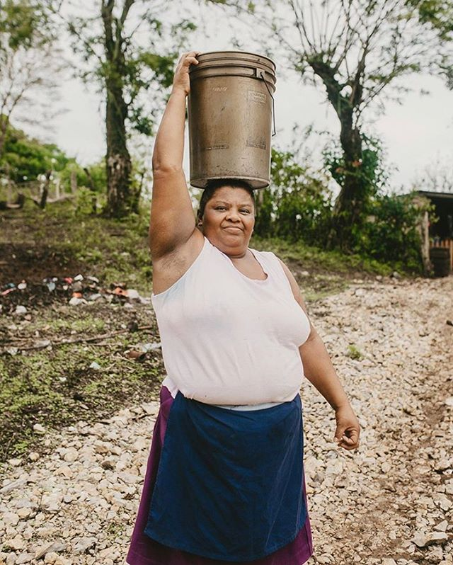Many people living in rural, isolated areas spend hours every day walking to collect water for their families. Access to clean water can change everything: education, income and health. (And the craziest part is, a $30 donation can make that change for an entire family.) Our projects are fuelled by your support and we couldn't do any of this without you❤️ Link in our bio if you're in the mood... 📷:@ali_marie_parker #thelatitudeproject