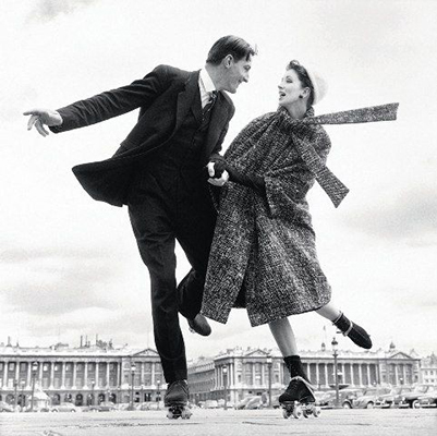 Richard Avedon  Robin Tattersall and Suzy Parker, models,   Place de la Concorde; Paris, August 1 1956