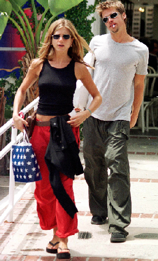 Keith Butler,  Jennifer Aniston and Brad Pitt , 1999