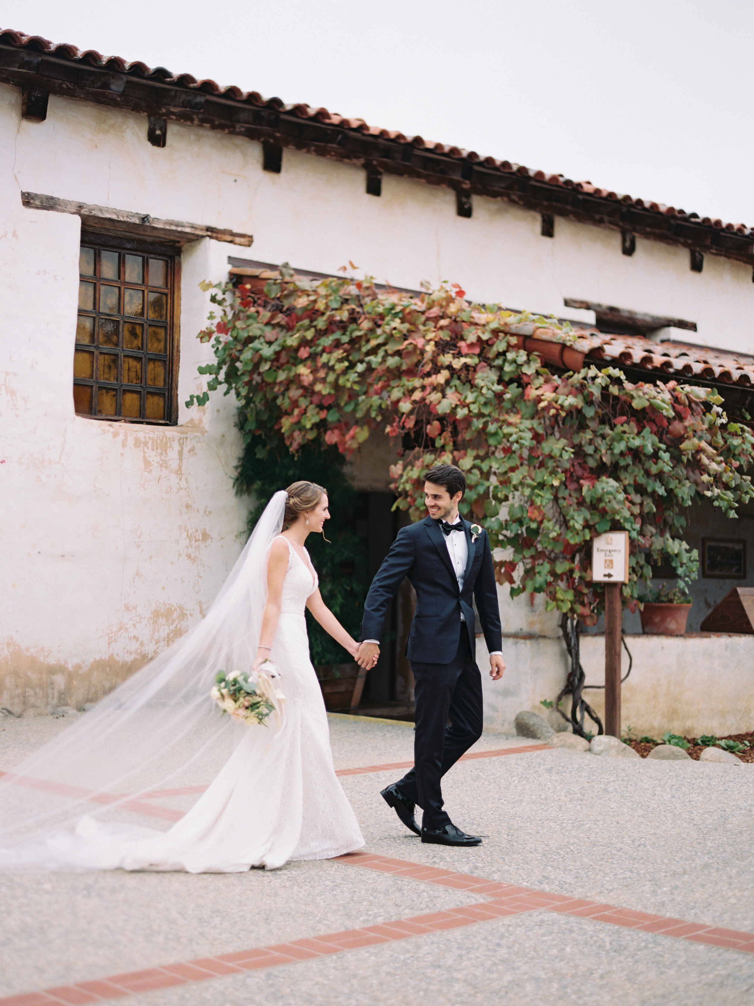 485-fine-art-film-photographer-carmel-california-destination-wedding-brumley-wells-tim-courtney.jpg