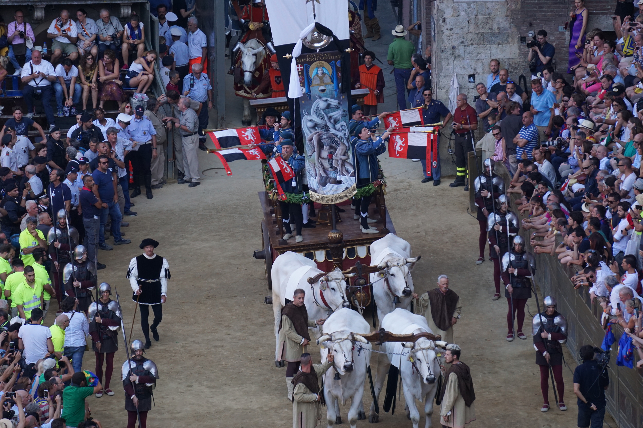 The Palio entering the Campo