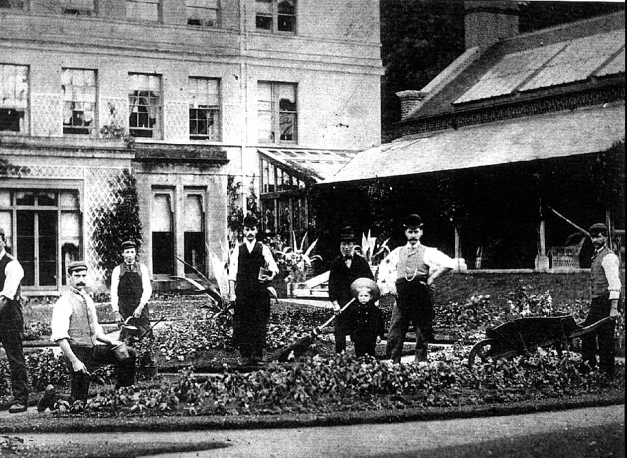 The garden staff at Moor Park in 1890