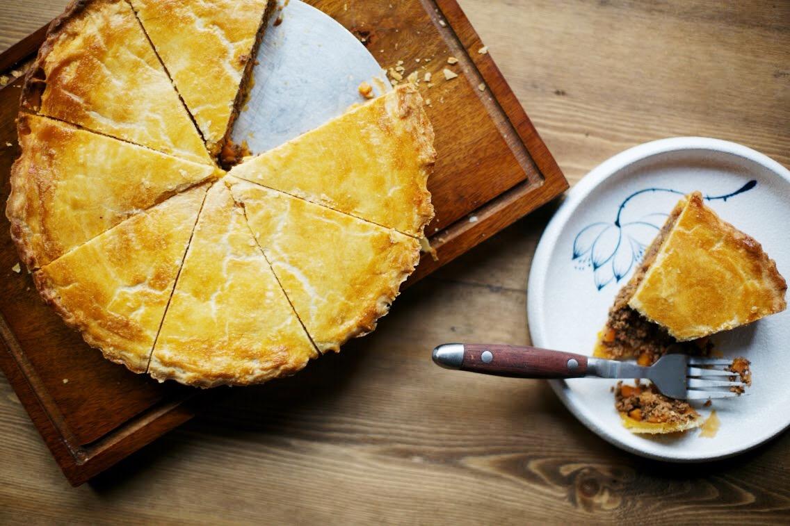 Christine Barretto makes Christmas pork mince pie for 1000 Kitchens