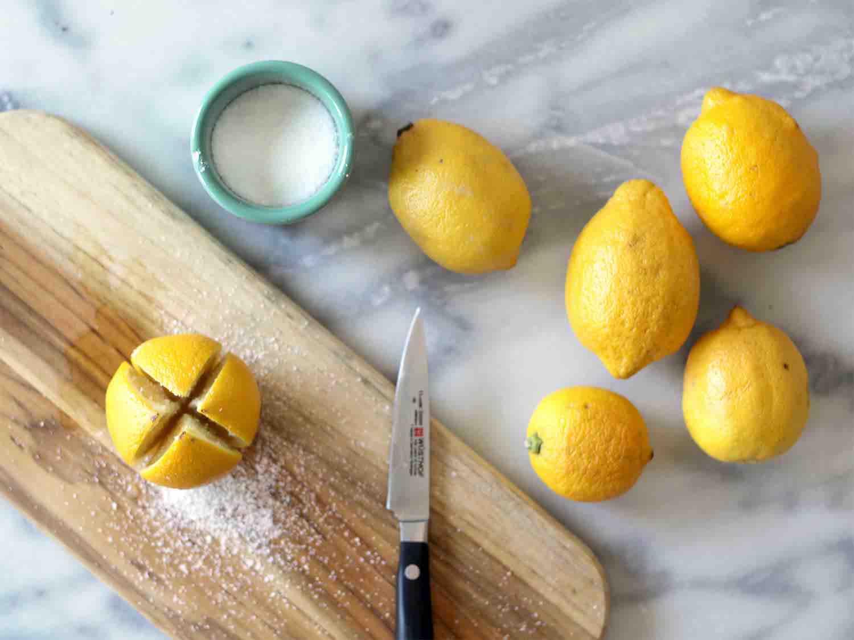 Moroccan pickled lemons in brine