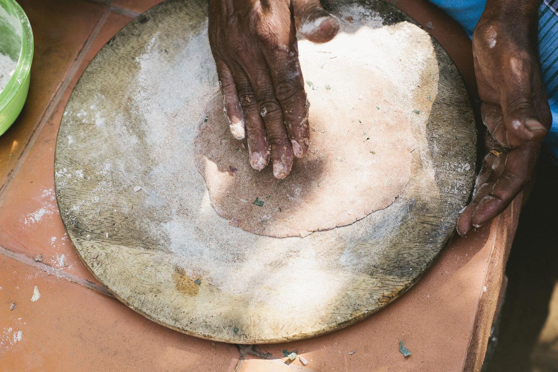 Making+ragi+roti+at+the+Timbaktu+Collective (1).jpeg