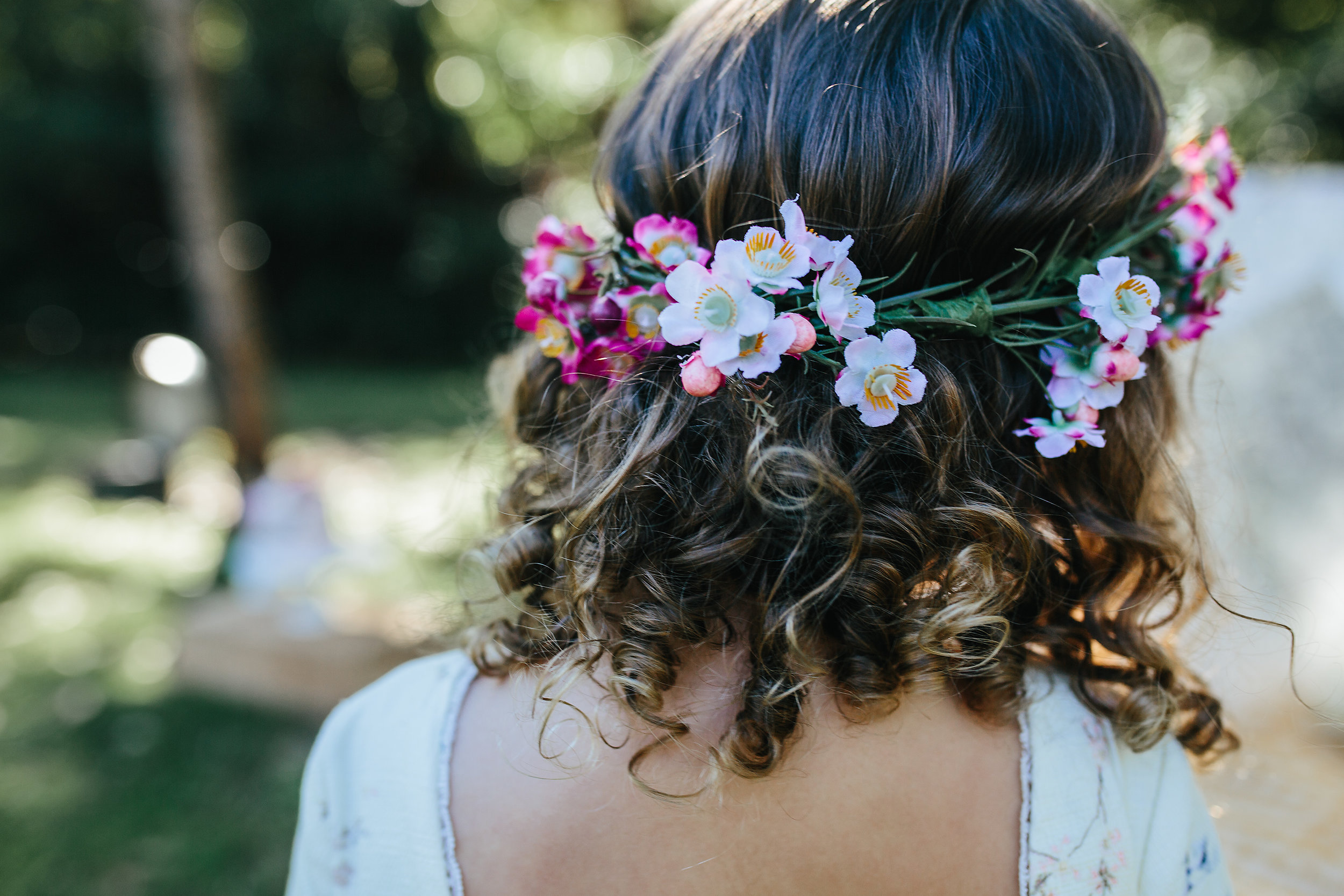 flower crown and curls