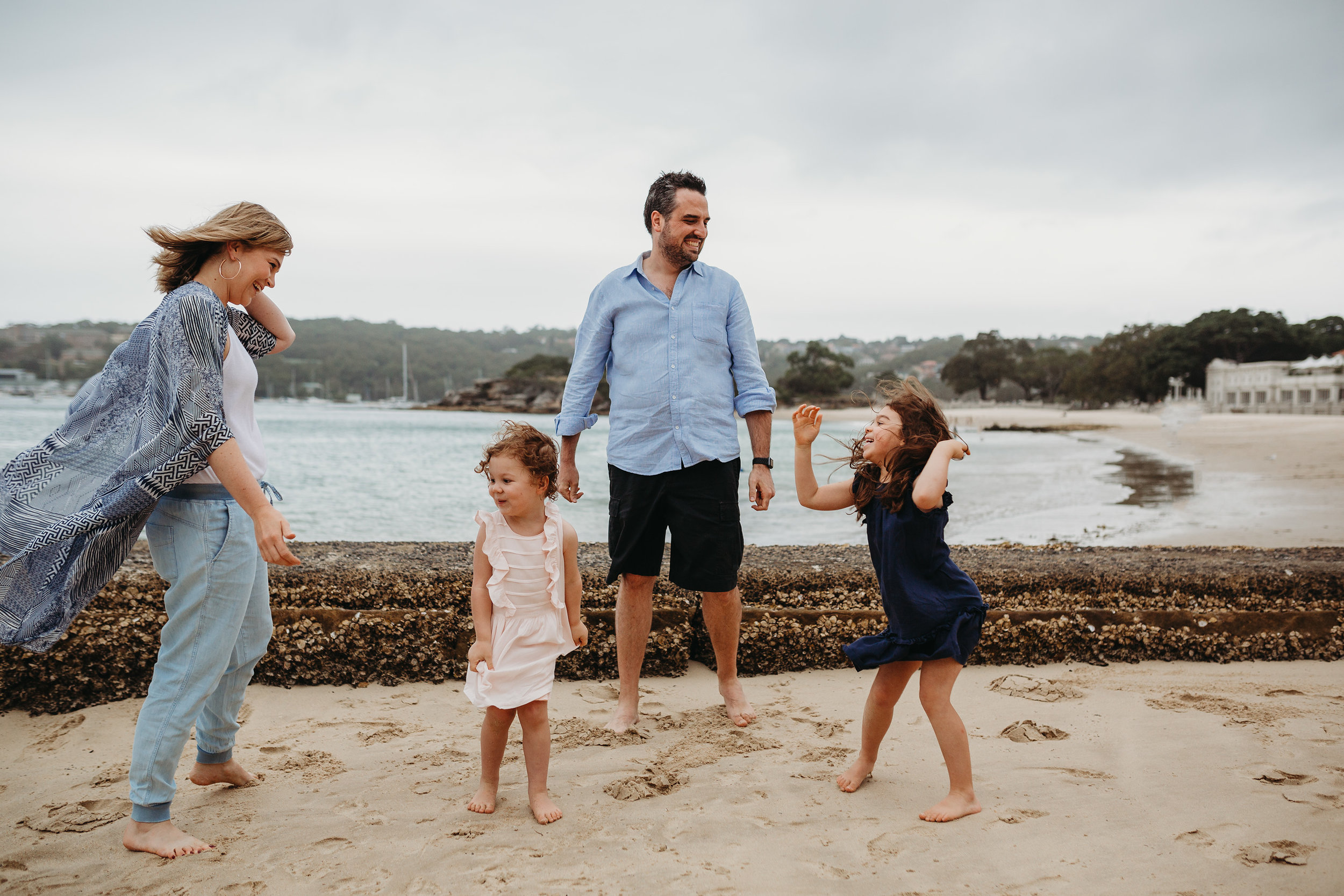 Relaxed and fun family photographer sydney