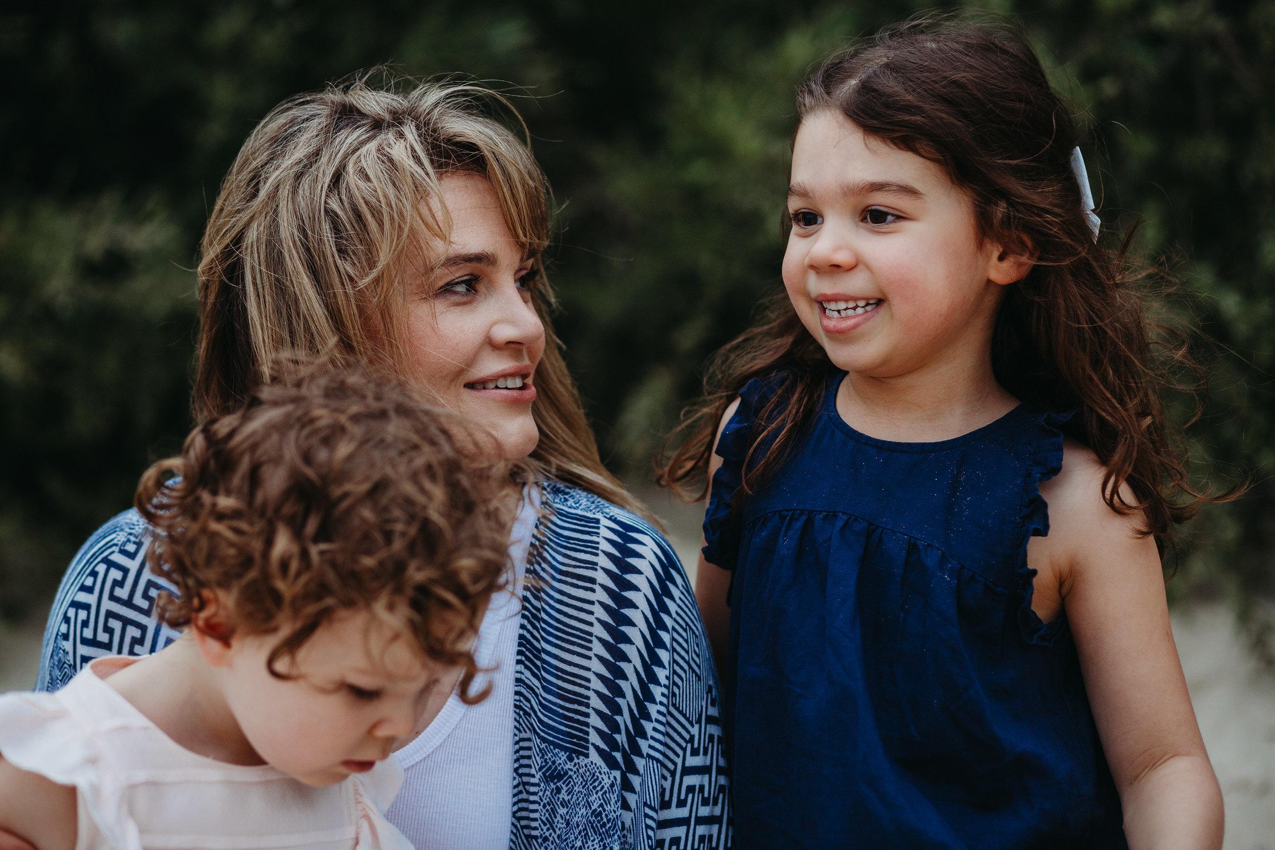 Mother daughters - Lauren Kennedy Photographer