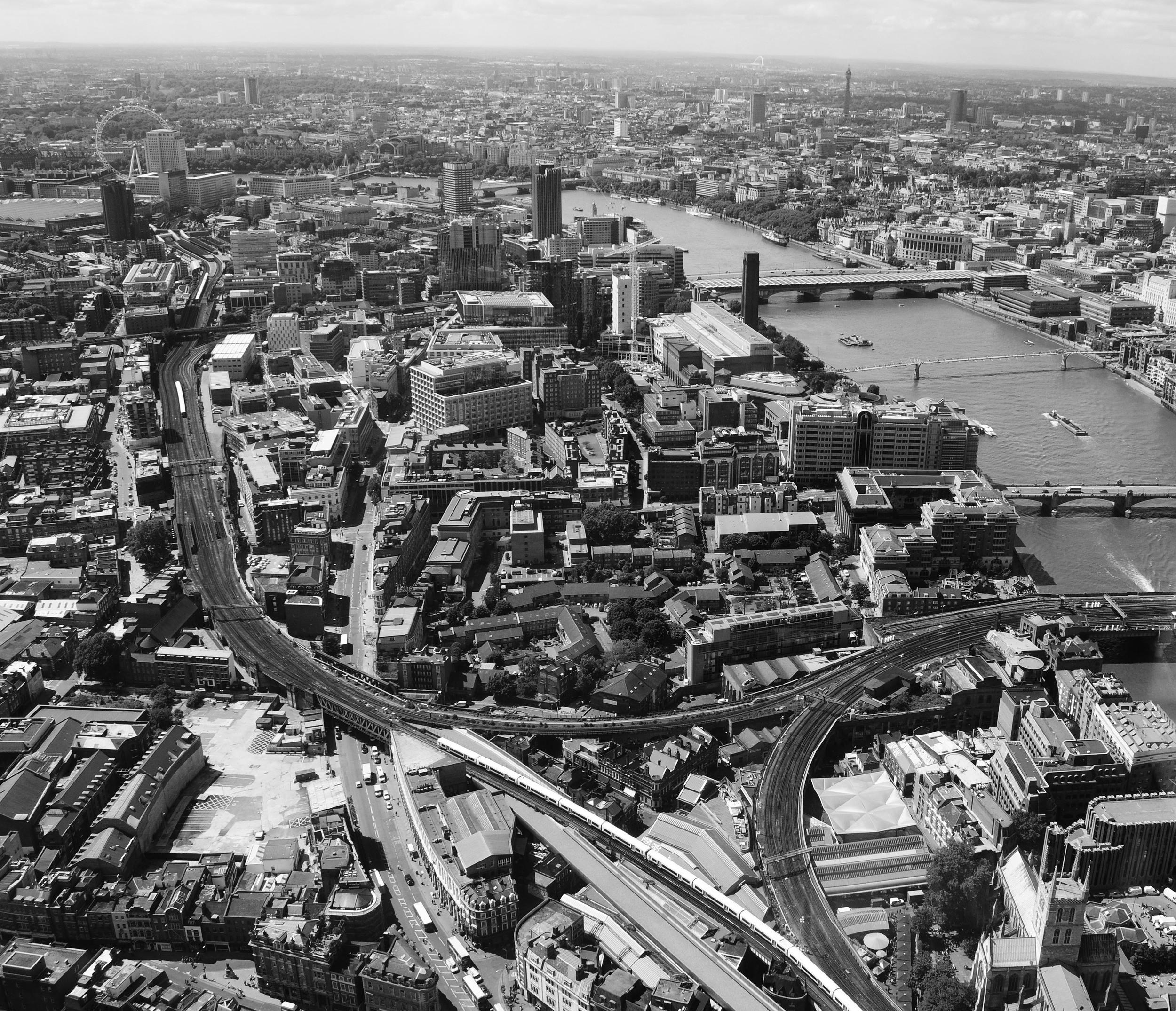 london-2-bw.jpg