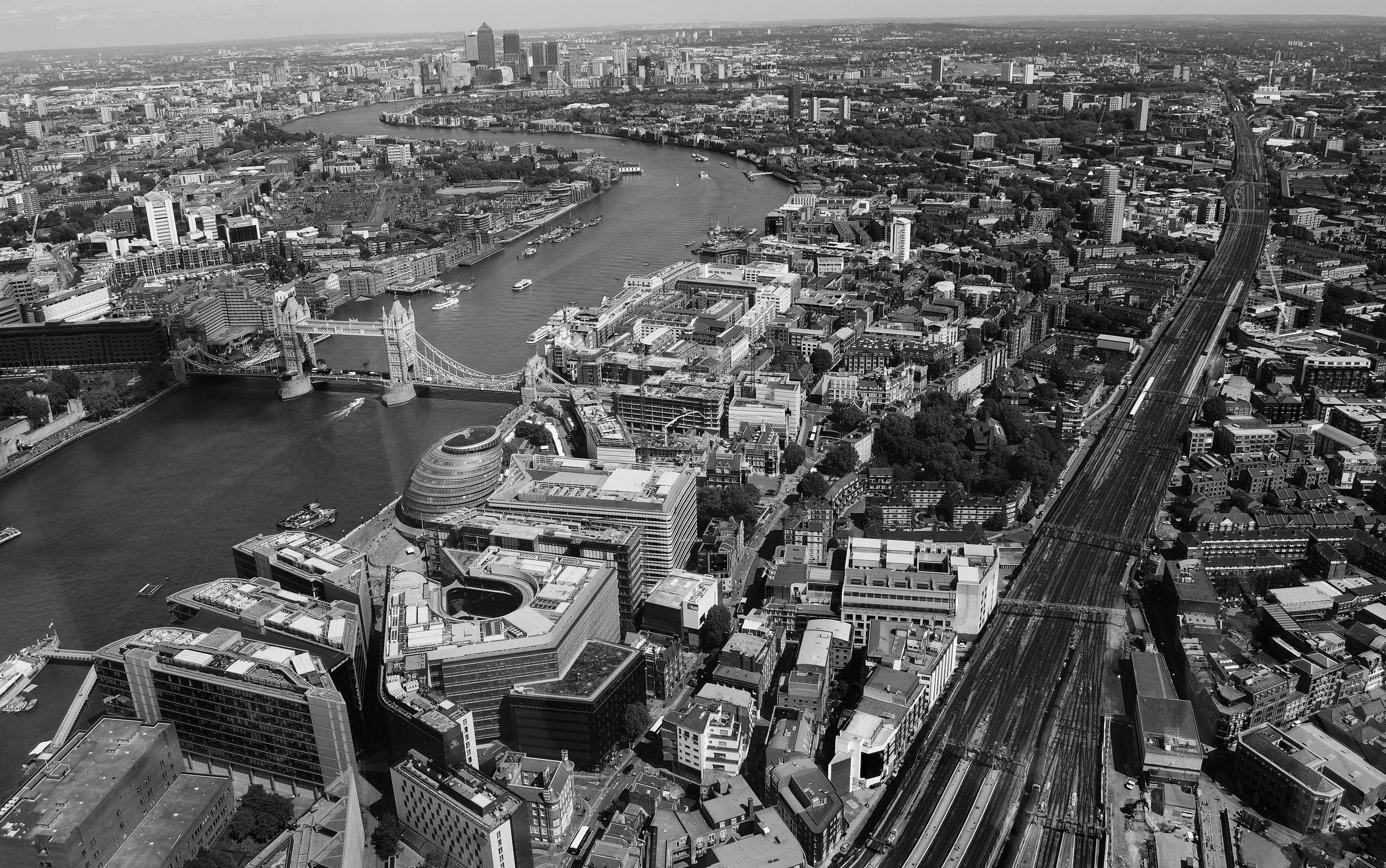 london-bw.jpg