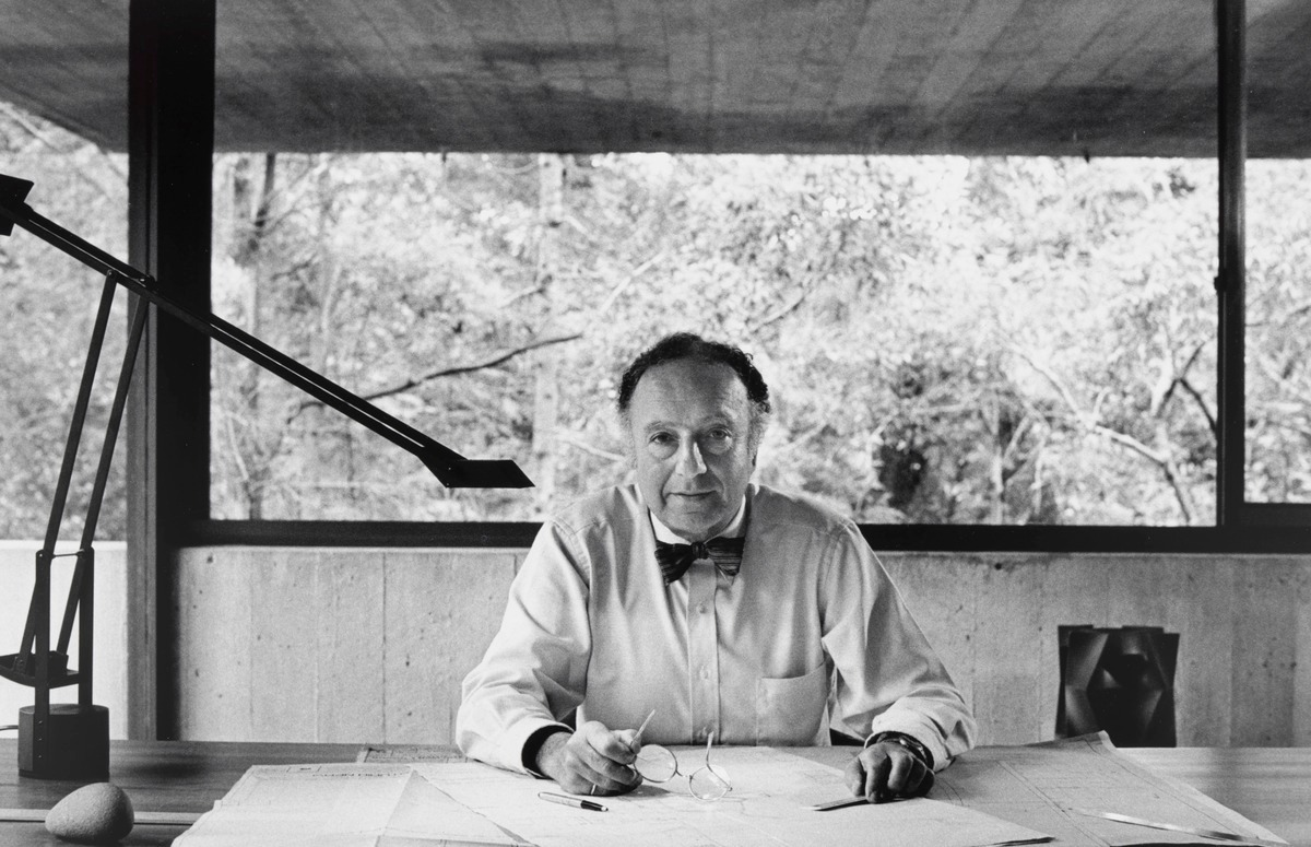 Harry Seidler in his home office. Photograph by  David Moore.