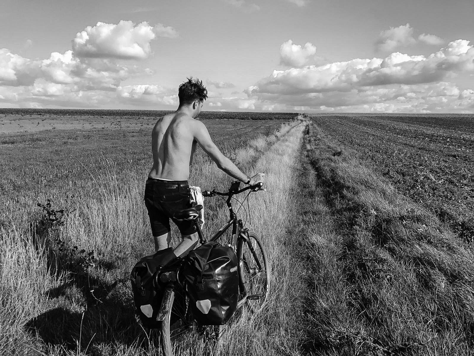Tom_Oliver_Payne_London_to_Paris_Cycle-22.jpg