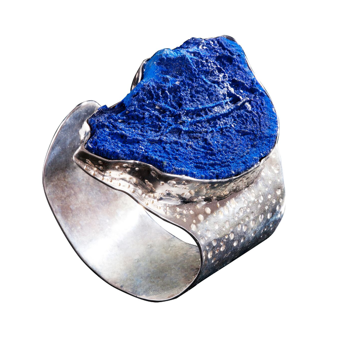 收藏级澳大利亚蓝铜矿,镶嵌于手工制作925银手镯