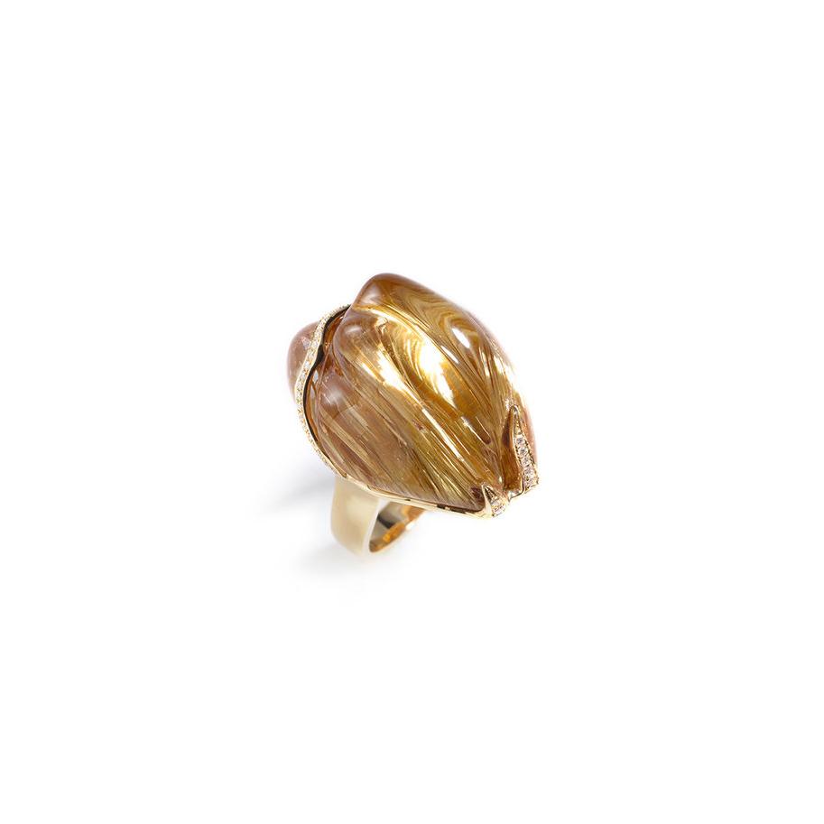 雕刻发晶,18k黄金配钻石戒指