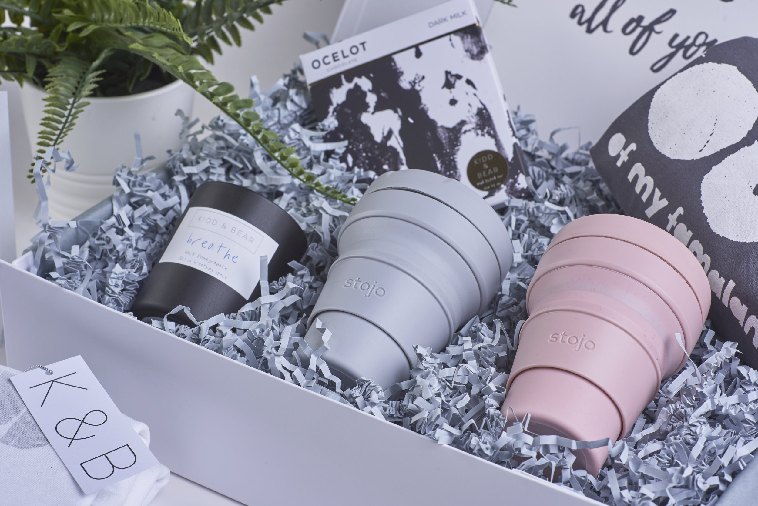 CAREFULLY CURATED GIFT PACKAGES