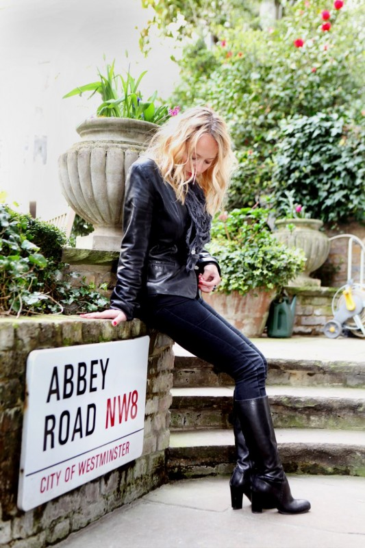 Tammy at Abbey Road (7).jpg