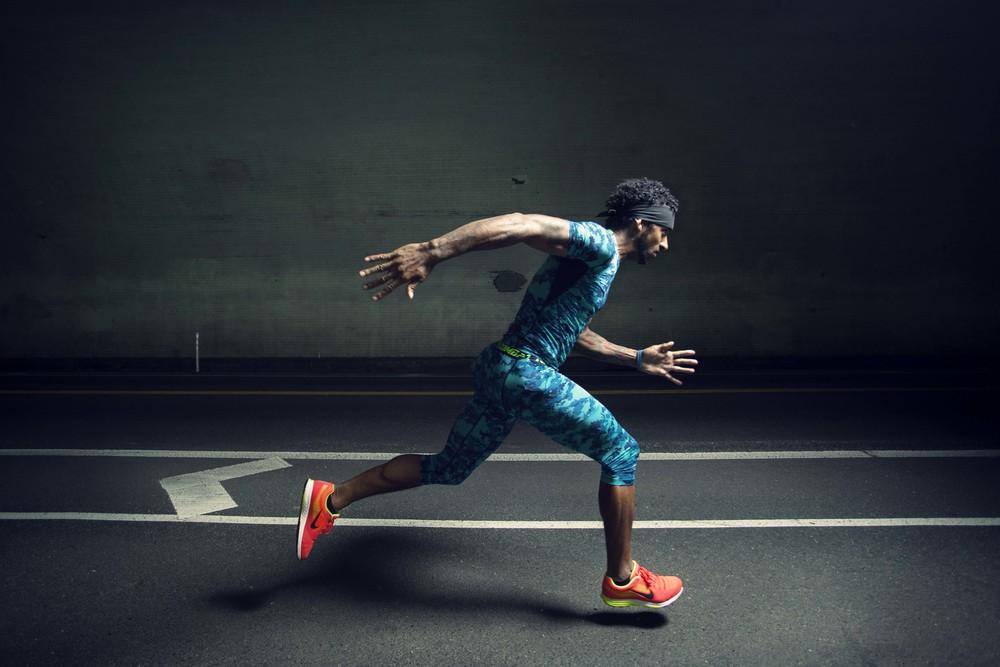 MICHAEL HENDERSON / sports / advertising