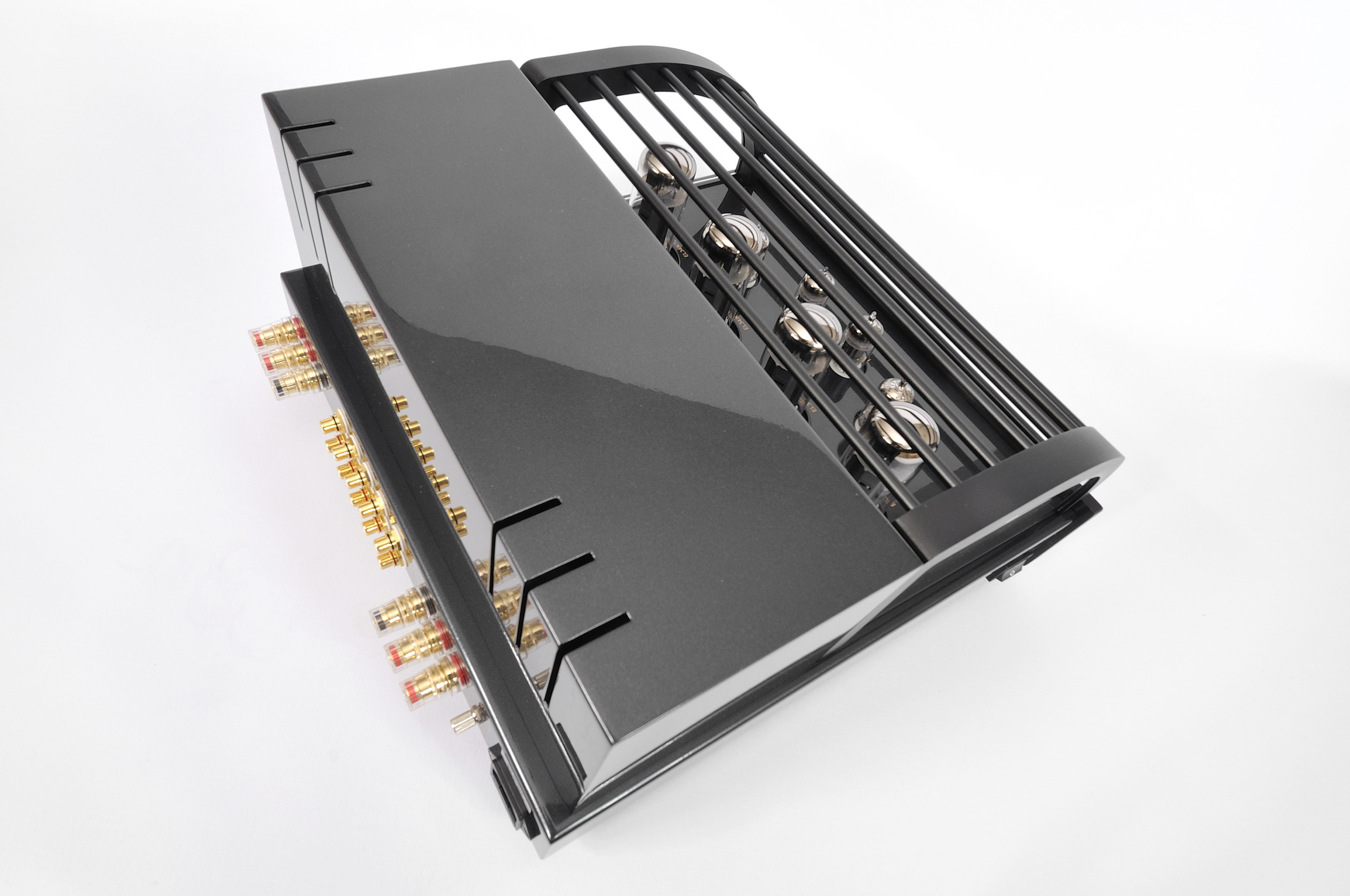 ProLogue Premium Integrated Amplifier - black - special shot - HR - JPG.jpg