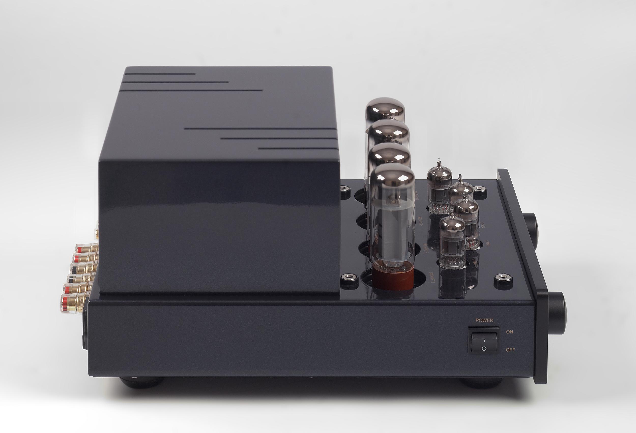013-PrimaLuna Classic Integrated Amplifier-zwart.jpg