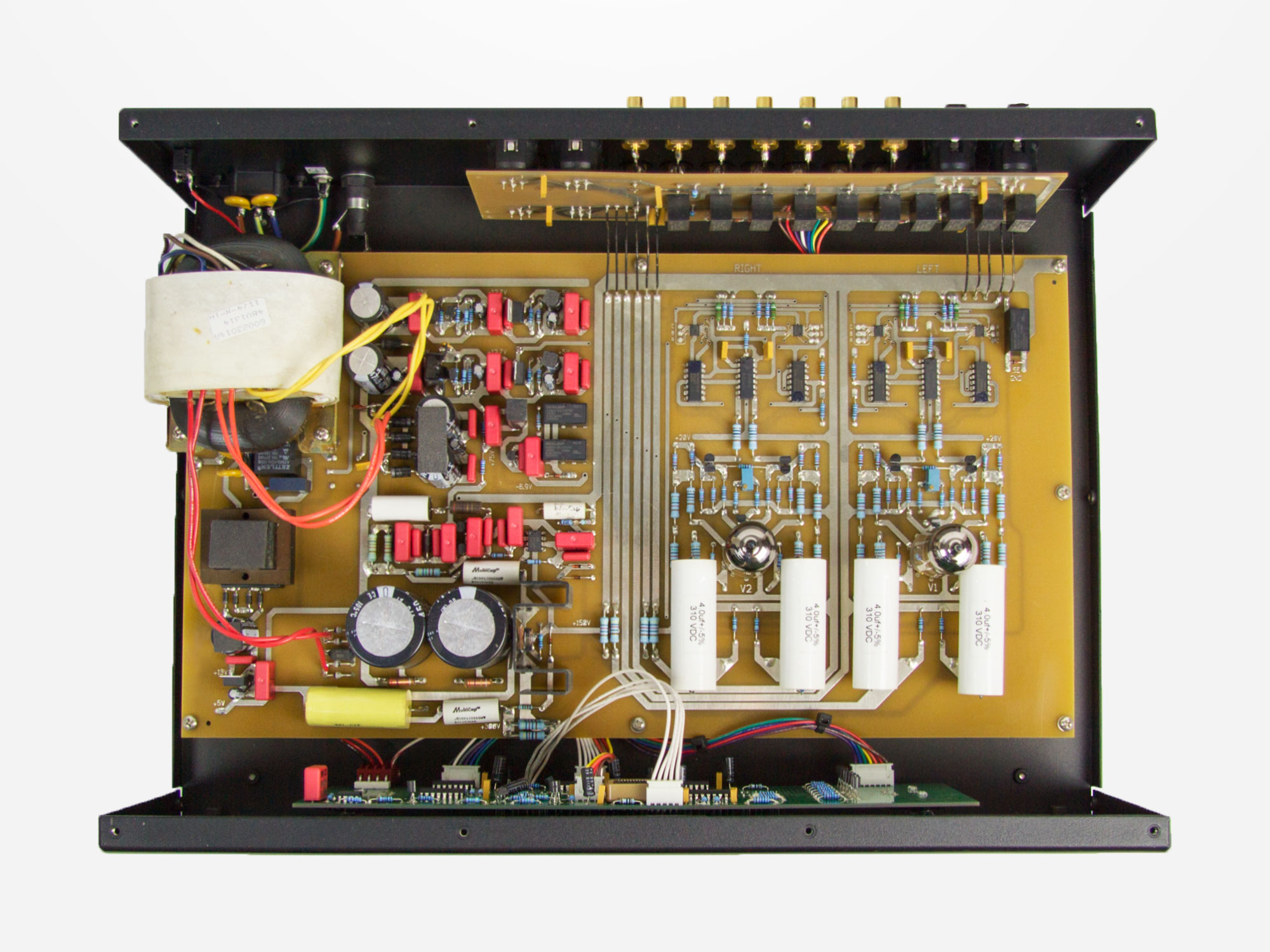 How to Buy a Preamp — PrimaLuna USA
