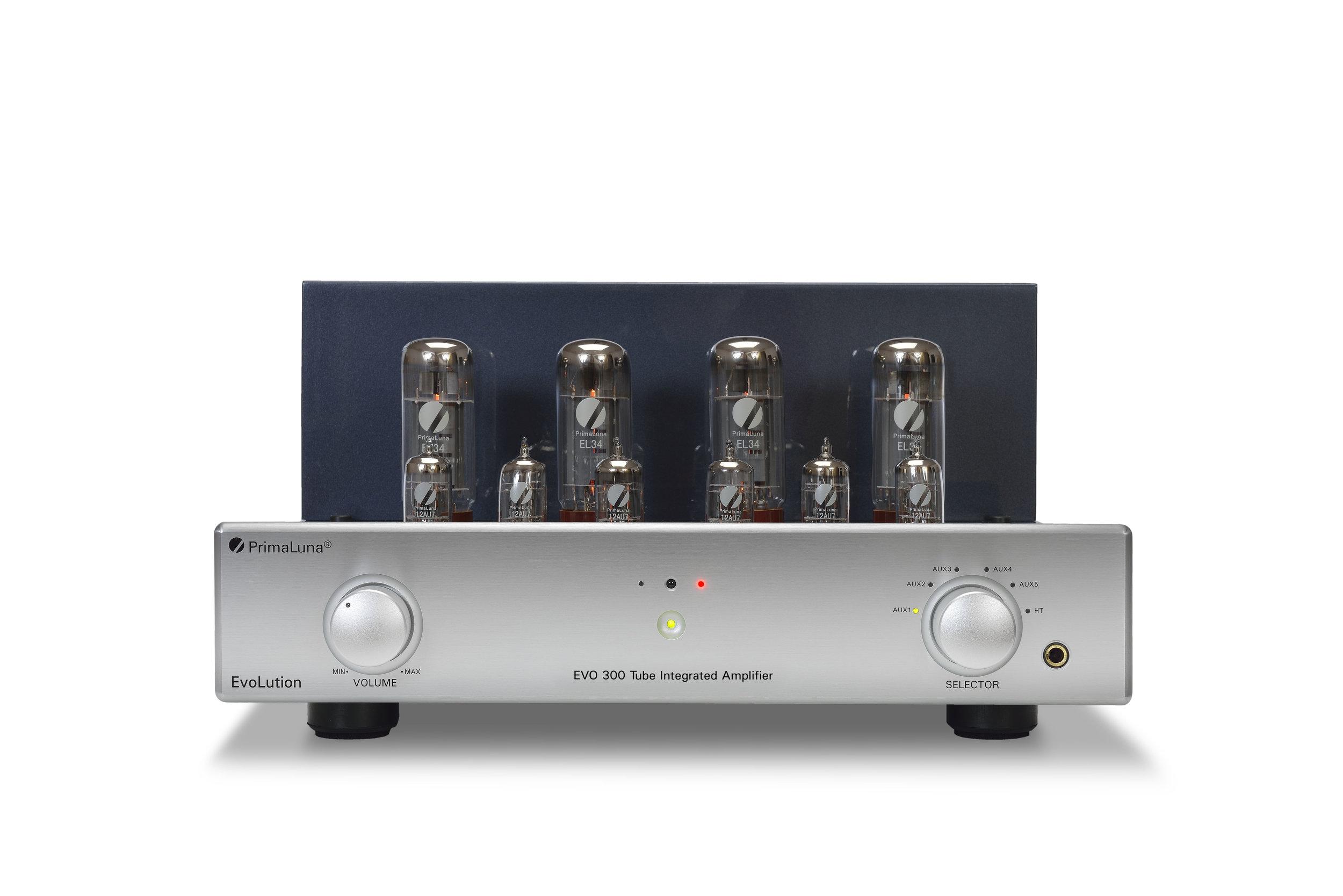 050b - PrimaLuna Evo 300 Tube Integrated Amplifier - silver - front low - white background - kopie.jpg