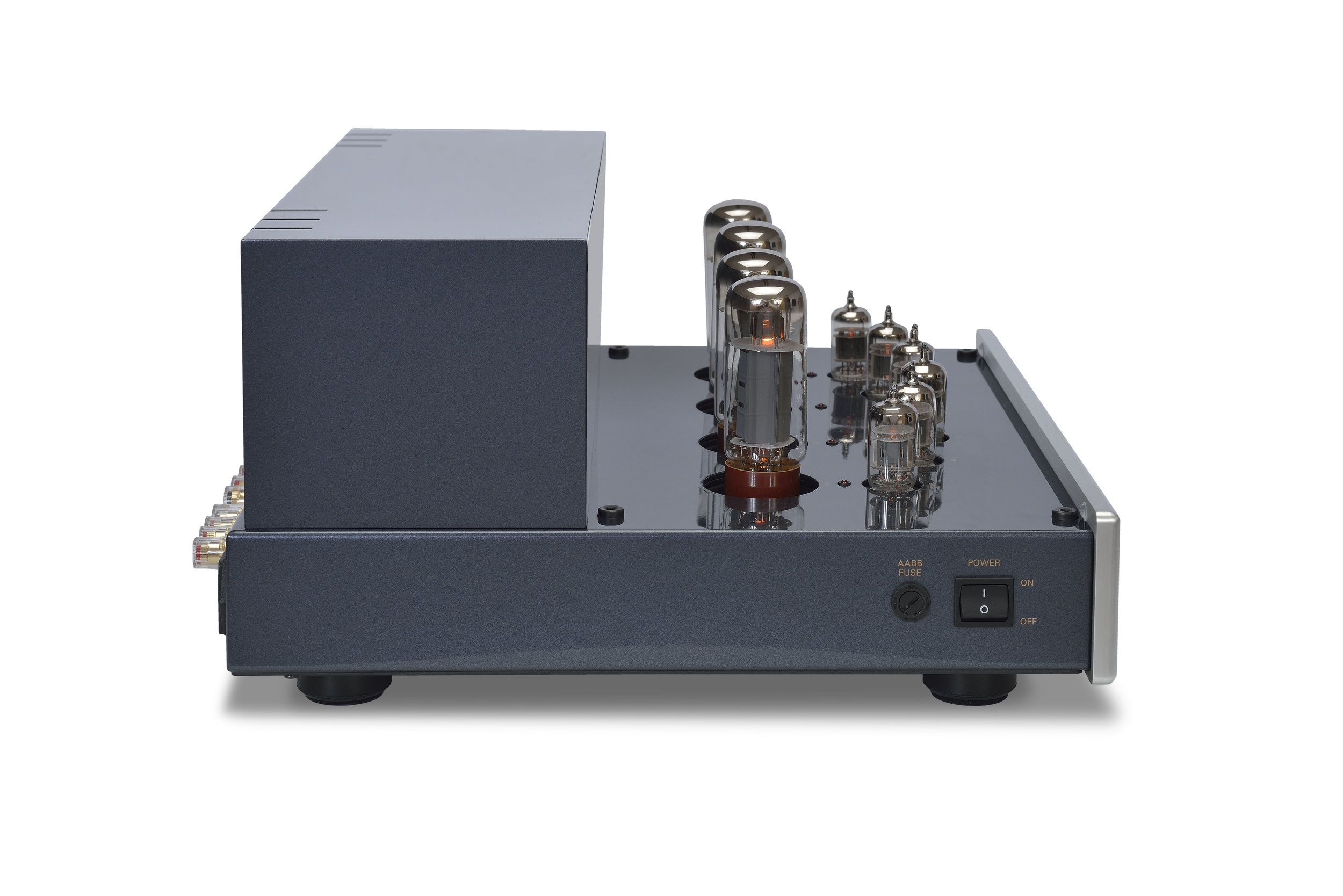 038b - PrimaLuna Evo 300 Tube Poweramplifier - silver - quarter turned - without cage - white background.jpg
