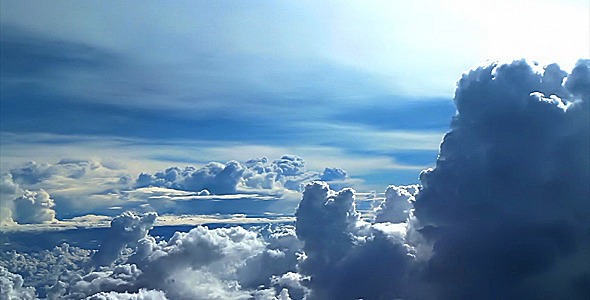 clouds_fly3_slowmo_590x300-2 1.jpg
