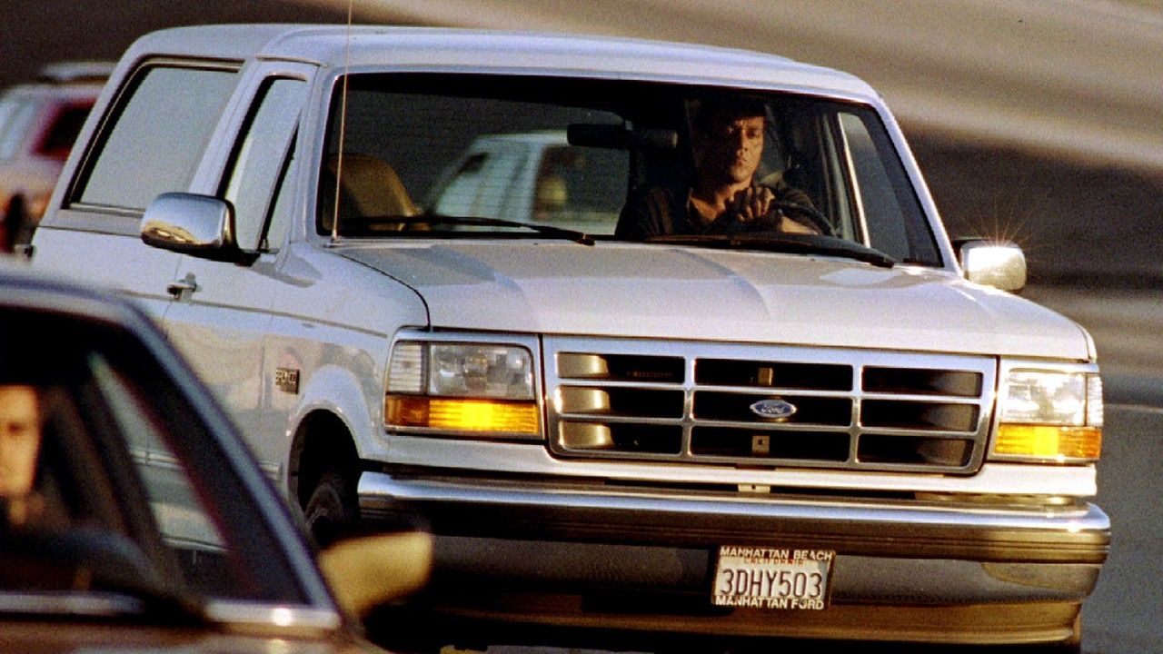 oj-simpson-white-ford-bronco-chase.jpg