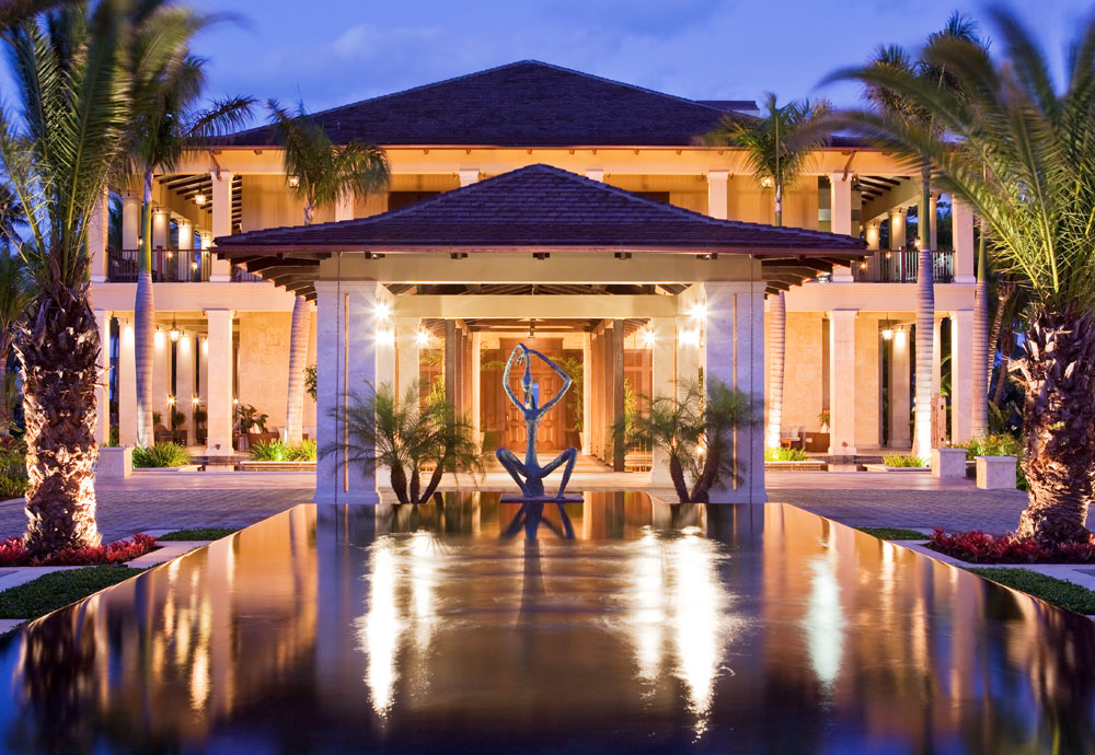 Bahia-Beach-Hotel-1.jpg