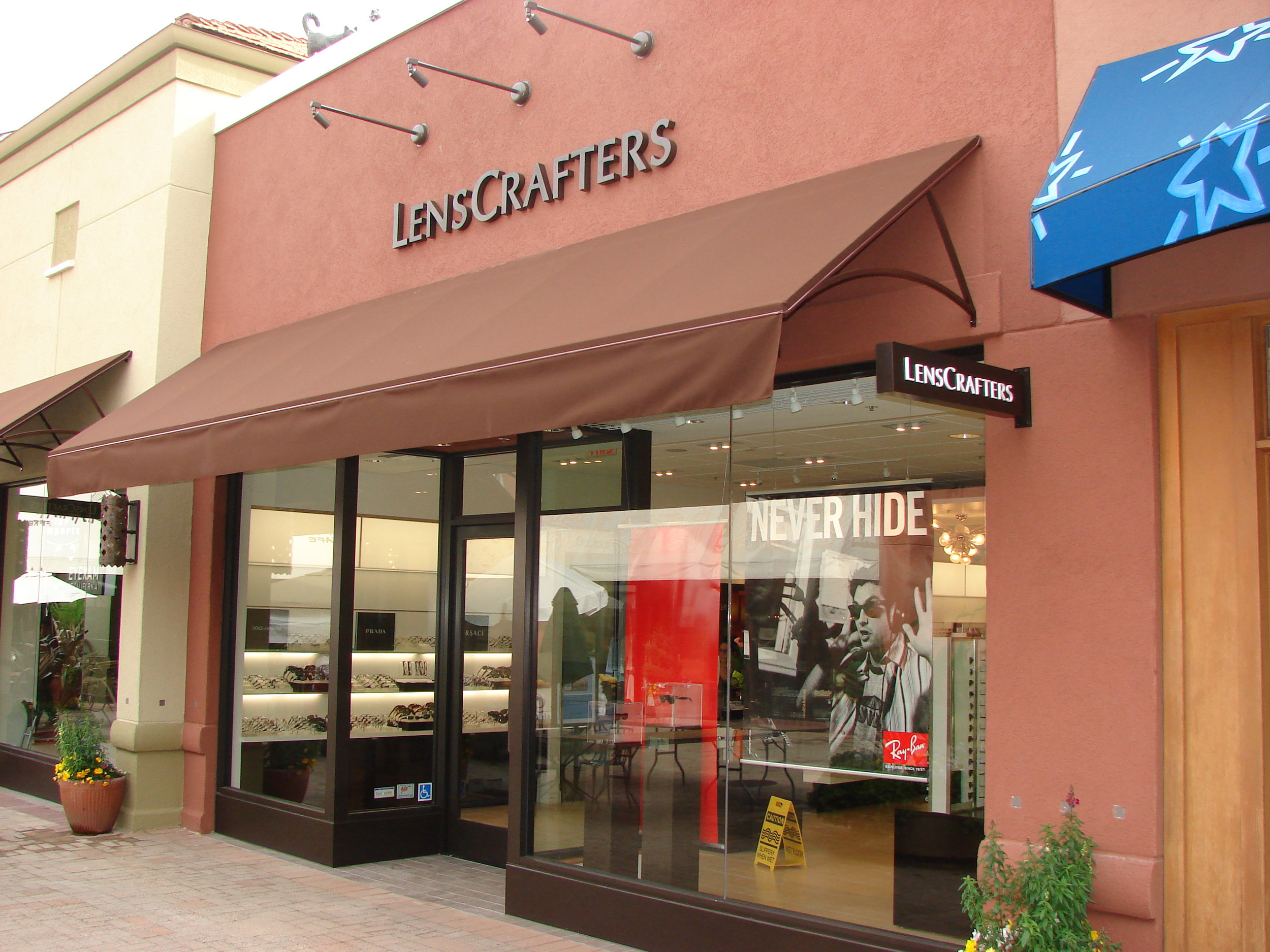 Lense Crafters Ext 2.JPG