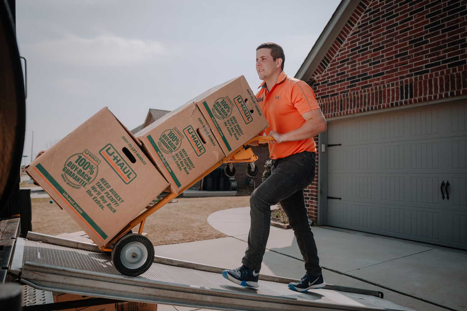 """On Call Junk Haul was great to work with helping my family move and my junk removal. They were friendly, on time, and quick! Will call them again.""  - Lantz Shetley"