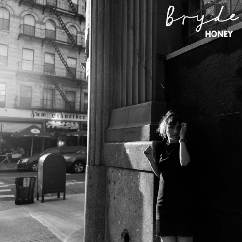 The brand new single from Bryde -   Honey    -  has arrived, to a host of wonderful reviews!