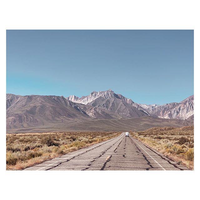 California appreciation post 〰️ Eastern Sierras . . . . . #gratitude #mammoth #easternsierra #california