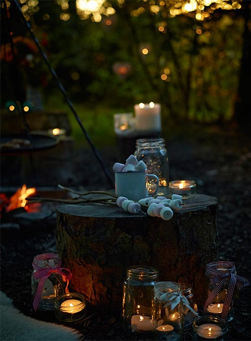 Schedule For The Day - 3pm – 4pm Hatha with Michelle4pm – 5pm Gentle yoga with Julie5pm – 5.45pm Yoga Nidra (a 45 minute blissful guided meditation & body relaxation) with Nikki6pm – Homemade delicious vegetarian feast7pm – Fire & Marshmallows, Wood burning hot tub, chill, chat, hot cuppa, sweet yummies – and whatever flowsThe above is a sample schedule – There may be slight changes.