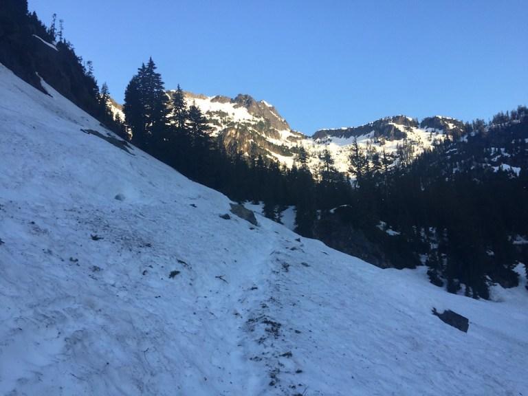 Heading towards Source Lake and Chair Peak