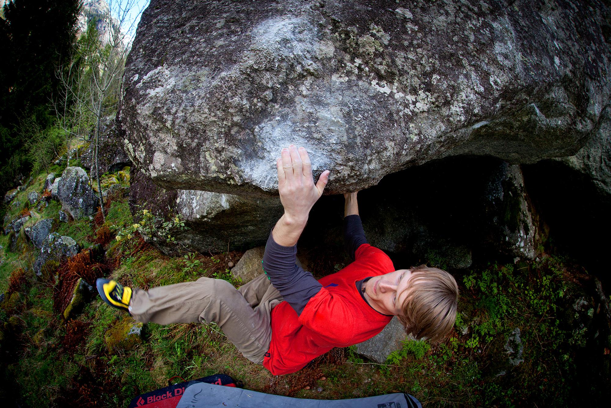 LaSportiva_Nalle_Climbing.jpg