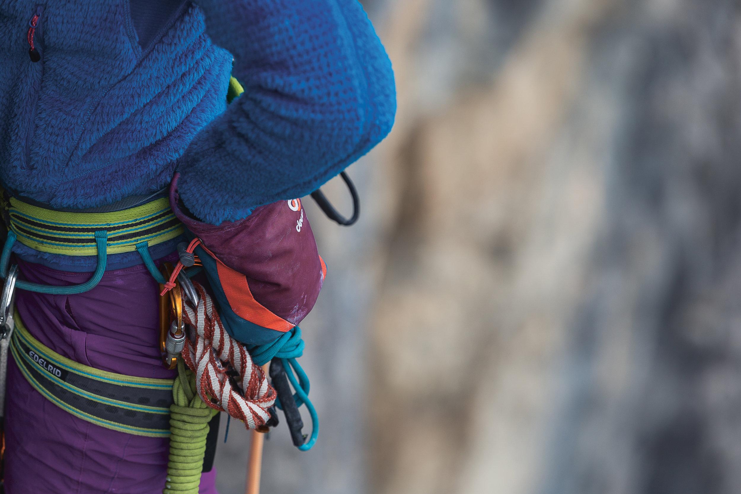 Climbing_Gravity_Chalkbag_RBG.jpg