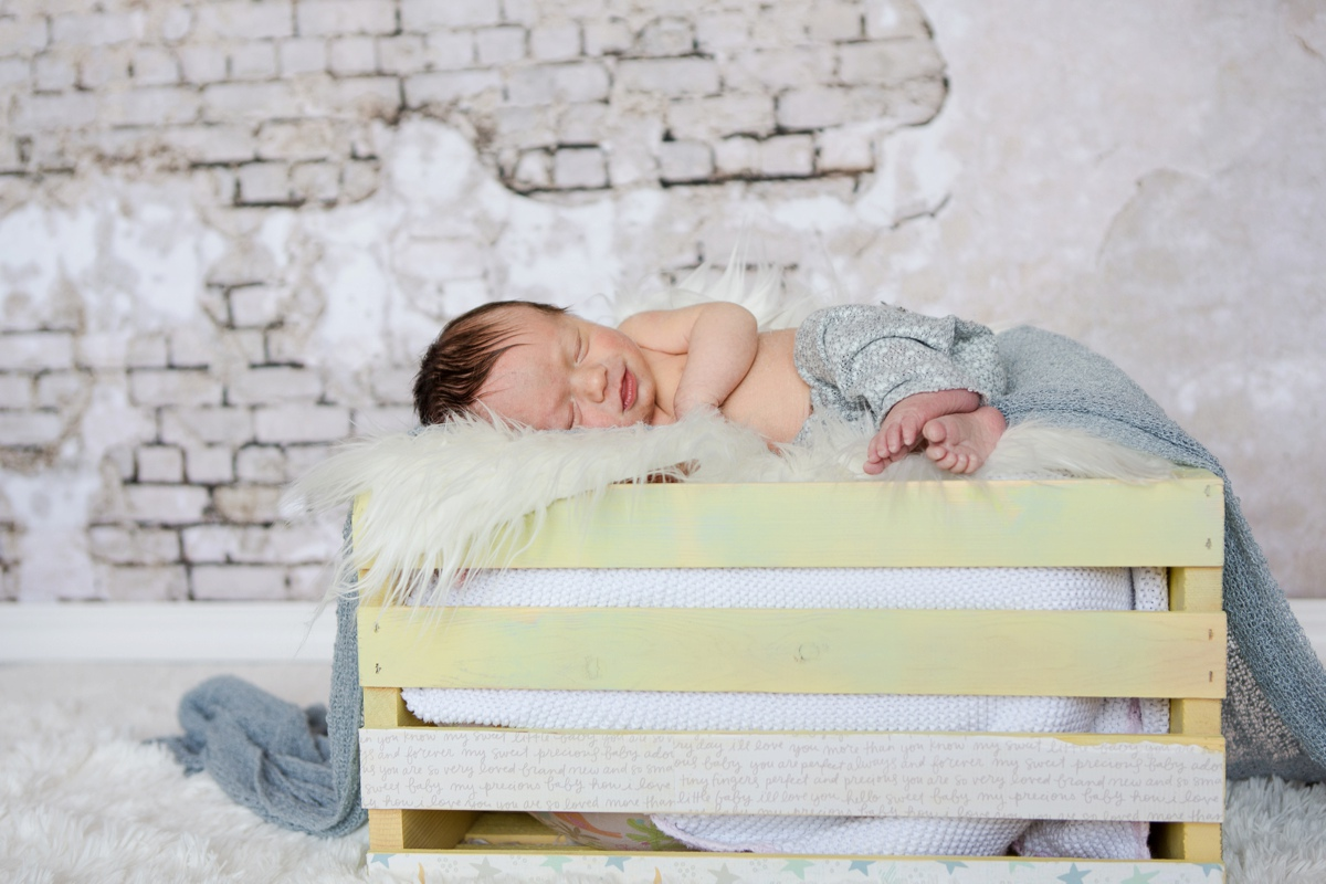 reno newborn photographer baby jack in crate kristi gayton photography
