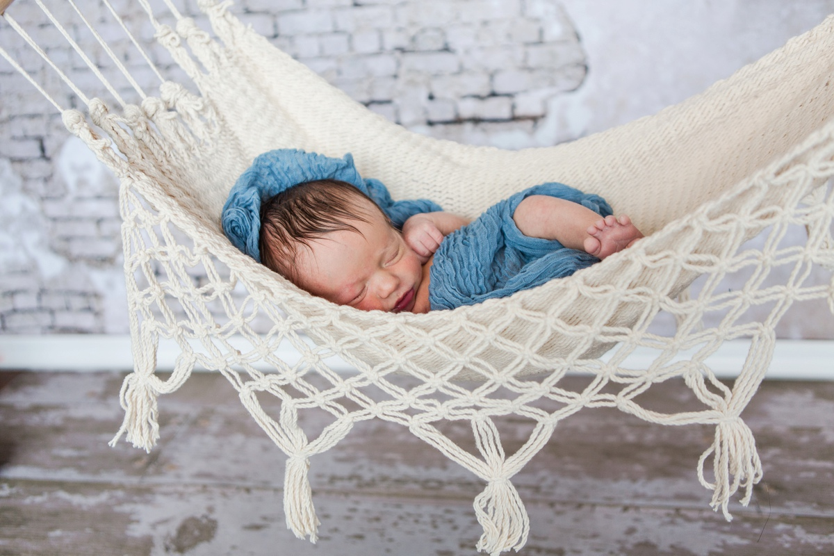 reno newborn photographer baby in hammock